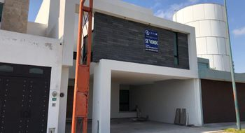 NEX-31248 - Casa en Venta en Villa Magna, CP 78183, San Luis Potosí, con 3 recamaras, con 4 baños, con 1 medio baño, con 280 m2 de construcción.