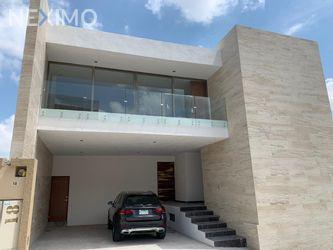 NEX-33477 - Casa en Venta, con 4 recamaras, con 4 baños, con 1 medio baño, con 510 m2 de construcción en Monterra, CP 78215, San Luis Potosí.