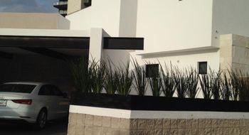NEX-22849 - Casa en Venta en La Loma, CP 78218, San Luis Potosí, con 3 recamaras, con 3 baños, con 1 medio baño, con 330 m2 de construcción.
