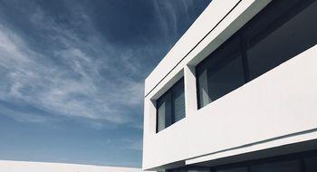NEX-26105 - Casa en Venta en Club de Golf la Loma, CP 78215, San Luis Potosí, con 3 recamaras, con 3 baños, con 1 medio baño, con 454 m2 de construcción.