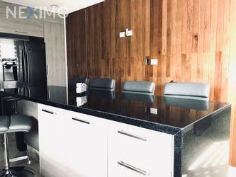 NEX-26459 - Casa en Renta, con 3 recamaras, con 4 baños, con 1 medio baño, con 550 m2 de construcción en Club de Golf la Loma, CP 78215, San Luis Potosí.