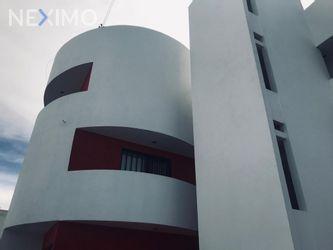 NEX-27400 - Departamento en Venta, con 3 recamaras, con 2 baños, con 115 m2 de construcción en Colinas del Parque, CP 78294, San Luis Potosí.