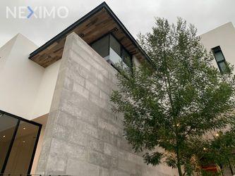 NEX-32246 - Casa en Venta, con 4 recamaras, con 4 baños, con 1 medio baño, con 332 m2 de construcción en Monterra, CP 78215, San Luis Potosí.