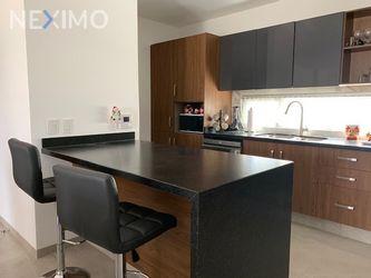 NEX-39560 - Departamento en Renta, con 3 recamaras, con 3 baños, con 1 medio baño, con 152 m2 de construcción en Lomas del Tecnológico, CP 78215, San Luis Potosí.