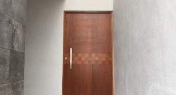 NEX-4873 - Casa en Venta en Villa Magna, CP 78183, San Luis Potosí, con 3 recamaras, con 2 baños, con 1 medio baño, con 248 m2 de construcción.