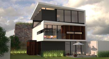 NEX-5126 - Casa en Renta en Club de Golf la Loma, CP 78215, San Luis Potosí, con 3 recamaras, con 3 baños, con 1 medio baño, con 425 m2 de construcción.