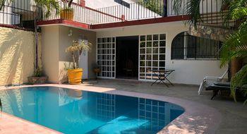 NEX-12179 - Casa en Renta en Costa Azul, CP 39850, Guerrero, con 5 recamaras, con 5 baños, con 150 m2 de construcción.