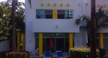 NEX-14151 - Casa en Renta en Playa Diamante, CP 39897, Guerrero, con 3 recamaras, con 3 baños, con 1 medio baño, con 200 m2 de construcción.