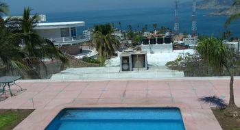 NEX-18455 - Casa en Renta en Adolfo López Mateos, CP 39670, Guerrero, con 5 recamaras, con 5 baños, con 450 m2 de construcción.