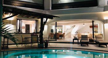 NEX-21373 - Casa en Renta en Club Deportivo, CP 39690, Guerrero, con 4 recamaras, con 4 baños, con 420 m2 de construcción.