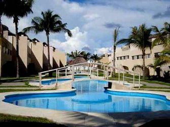 NEX-22918 - Casa en Venta en Playa Diamante, CP 39897, Guerrero, con 3 recamaras, con 2 baños, con 1 medio baño, con 234 m2 de construcción.