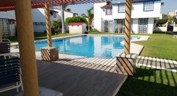 NEX-27465 - Casa en Venta en Joyas del Marques, CP 39906, Guerrero, con 3 recamaras, con 2 baños, con 1 medio baño, con 118 m2 de construcción.