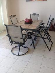 NEX-30531 - Casa en Renta en Playa Diamante, CP 39897, Guerrero, con 3 recamaras, con 3 baños, con 1 medio baño, con 150 m2 de construcción.