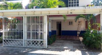 NEX-4713 - Casa en Renta en Alfredo V Bonfil, CP 39893, Guerrero, con 4 recamaras, con 4 baños, con 1 medio baño, con 200 m2 de construcción.