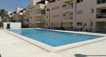 NEX-4716 - Departamento en Renta en Playa Diamante, CP 39897, Guerrero, con 3 recamaras, con 3 baños, con 101 m2 de construcción.