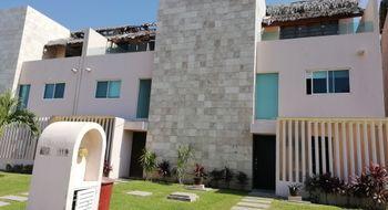 NEX-5163 - Casa en Venta en Playa Diamante, CP 39897, Guerrero, con 3 recamaras, con 3 baños, con 1 medio baño, con 200 m2 de construcción.