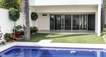NEX-9578 - Casa en Venta en Delicias, CP 62330, Morelos, con 3 recamaras, con 3 baños, con 1 medio baño, con 260 m2 de construcción.