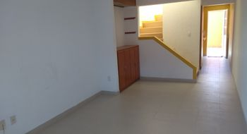 NEX-12421 - Casa en Renta en Héroes de Puebla, CP 72520, Puebla, con 2 recamaras, con 2 baños, con 1 m2 de construcción.