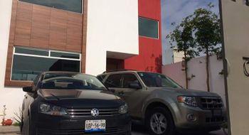 NEX-28546 - Casa en Renta en Santiago Momoxpan, CP 72775, Puebla, con 3 recamaras, con 3 baños, con 230 m2 de construcción.