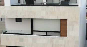 NEX-28846 - Casa en Venta en Lomas de Angelópolis, CP 72830, Puebla, con 3 recamaras, con 4 baños, con 1 medio baño, con 234 m2 de construcción.