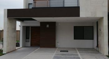 NEX-28848 - Casa en Venta en Lomas de Angelópolis, CP 72830, Puebla, con 3 recamaras, con 4 baños, con 1 medio baño, con 254 m2 de construcción.