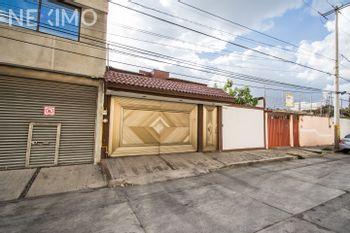 NEX-31143 - Casa en Venta, con 4 recamaras, con 3 baños, con 1 medio baño, con 252 m2 de construcción en San Baltazar Lindavista, CP 72550, Puebla.