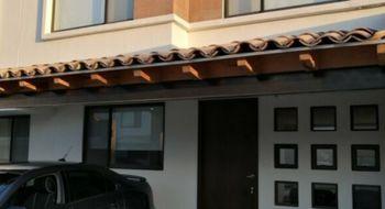 NEX-31712 - Casa en Renta en Lomas de Angelópolis, CP 72830, Puebla, con 2 recamaras, con 1 baño, con 1 medio baño, con 120 m2 de construcción.