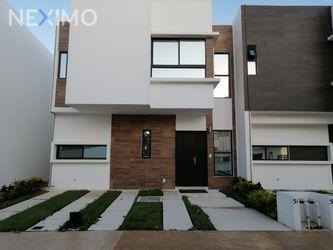 NEX-38537 - Casa en Venta en Cancún (Internacional de Cancún), CP 77569, Quintana Roo, con 3 recamaras, con 2 baños, con 1 medio baño, con 143 m2 de construcción.
