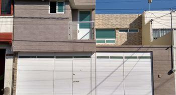 NEX-5933 - Casa en Renta en Prados Agua Azul, CP 72430, Puebla, con 5 recamaras, con 4 baños, con 2 medio baños, con 1 m2 de construcción.