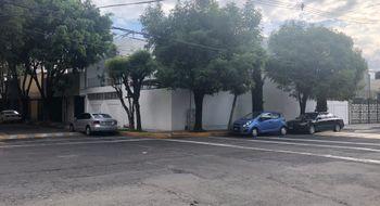NEX-1526 - Casa en Renta en Vergel del Sur, CP 14340, Ciudad de México, con 3 recamaras, con 4 baños, con 2 medio baños, con 341 m2 de construcción.