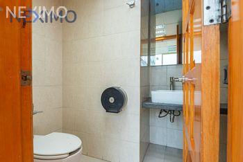 NEX-22438 - Oficina en Venta, con 6 recamaras, con 2 baños, con 4 medio baños, con 517 m2 de construcción en Santa María Aztahuacán, CP 09500, Ciudad de México.