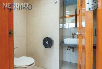 NEX-25785 - Oficina en Renta, con 2 recamaras, con 2 baños, con 2 medio baños, con 122 m2 de construcción en Santa María Aztahuacán, CP 09570, Ciudad de México.