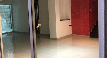 NEX-25994 - Casa en Renta en Vergel del Sur, CP 14340, Ciudad de México, con 3 recamaras, con 4 baños, con 2 medio baños, con 341 m2 de construcción.