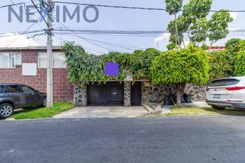 NEX-34698 - Casa en Venta en Héroes de Padierna, CP 14200, Ciudad de México, con 3 recamaras, con 2 baños, con 1 medio baño, con 210 m2 de construcción.