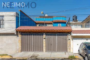NEX-37954 - Casa en Venta, con 3 recamaras, con 3 baños, con 1 medio baño, con 193 m2 de construcción en Miguel Hidalgo, CP 13200, Ciudad de México.