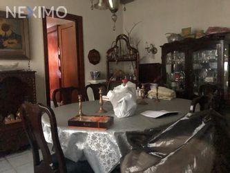 NEX-19148 - Casa en Venta, con 3 recamaras, con 3 baños, con 1 medio baño, con 130 m2 de construcción en San Miguel Chapultepec I Sección, CP 11850, Ciudad de México.