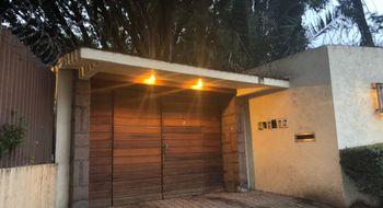 NEX-3414 - Casa en Venta en Jardines del Pedregal, CP 01900, Ciudad de México, con 3 recamaras, con 4 baños, con 2 medio baños, con 450 m2 de construcción.