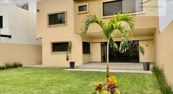 NEX-30525 - Casa en Venta en Centro Jiutepec, CP 62550, Morelos, con 3 recamaras, con 2 baños, con 1 medio baño, con 261 m2 de construcción.