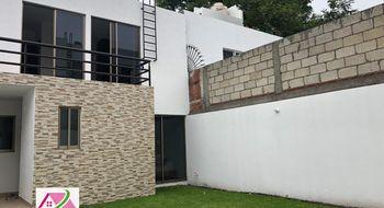 NEX-32405 - Casa en Venta en Centro Jiutepec, CP 62550, Morelos, con 4 recamaras, con 3 baños, con 144 m2 de construcción.