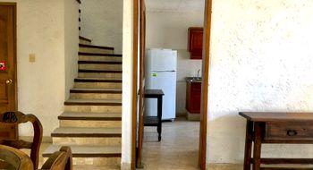 NEX-33042 - Casa en Renta en Club de Golf, CP 62030, Morelos, con 3 recamaras, con 2 baños, con 1 medio baño, con 100 m2 de construcción.