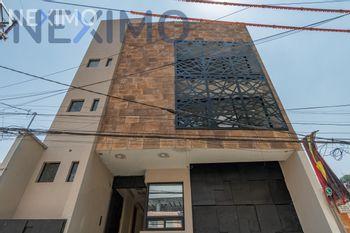 NEX-28659 - Casa en Venta, con 3 recamaras, con 3 baños, con 1 medio baño, con 320 m2 de construcción en Xoco, CP 03330, Ciudad de México.