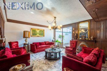 NEX-38832 - Casa en Venta, con 4 recamaras, con 3 baños, con 1 medio baño, con 347 m2 de construcción en Colinas de Tarango, CP 01610, Ciudad de México.