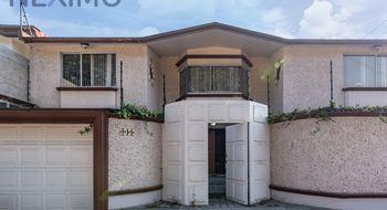 NEX-3650 - Casa en Venta en San Carlos, CP 52159, México, con 5 recamaras, con 4 baños, con 1 medio baño, con 524 m2 de construcción.