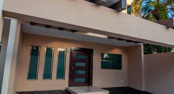 NEX-4938 - Casa en Venta en Montecristo, CP 97133, Yucatán, con 3 recamaras, con 3 baños, con 1 medio baño, con 414 m2 de construcción.