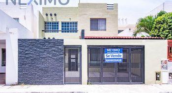 NEX-15707 - Casa en Venta en Las Américas II, CP 97302, Yucatán, con 5 recamaras, con 2 baños, con 1 medio baño, con 179 m2 de construcción.