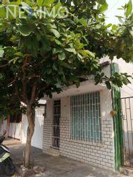 NEX-12060 - Casa en Venta, con 2 recamaras, con 2 baños, con 235 m2 de construcción en Veracruz Centro, CP 91700, Veracruz de Ignacio de la Llave.