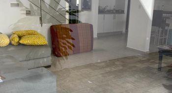 NEX-26299 - Casa en Renta en Jardines del Sur, CP 77536, Quintana Roo, con 3 recamaras, con 2 baños, con 1 medio baño, con 160 m2 de construcción.