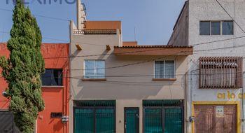NEX-4030 - Casa en Venta en Santiago Sur, CP 08800, Ciudad de México, con 5 recamaras, con 3 baños, con 2 medio baños, con 427 m2 de construcción.