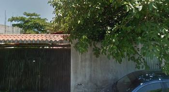 NEX-13561 - Terreno en Venta en Luis Donaldo Colosio, CP 77728, Quintana Roo, con 880 m2 de construcción.