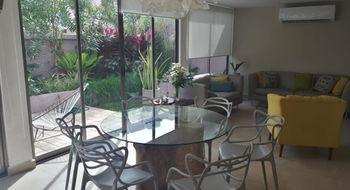 NEX-8963 - Casa en Renta en Playa del Carmen, CP 77710, Quintana Roo, con 3 recamaras, con 2 baños, con 1 medio baño, con 160 m2 de construcción.